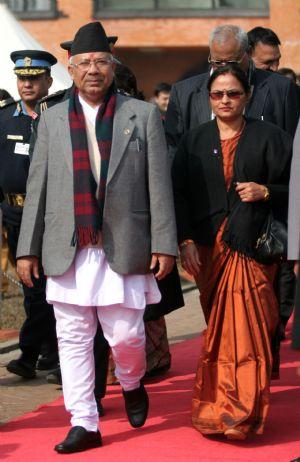 वरिष्ठ नेता नेपाल चीन प्रस्थान