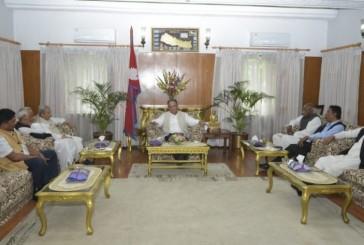 बैठक चलिरहँदा प्रधानमन्त्रीको फोन, राजपाले एक दिन पर्खने